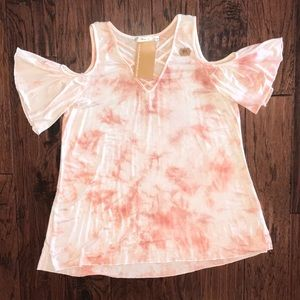 NWT Andrew cold shoulder top